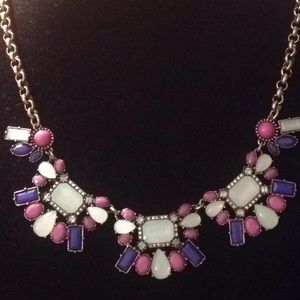 NWT Vivi jewel necklace